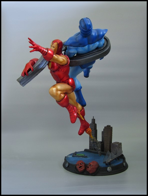 Diorama Iron man vs controleur 15091406093516083613581590