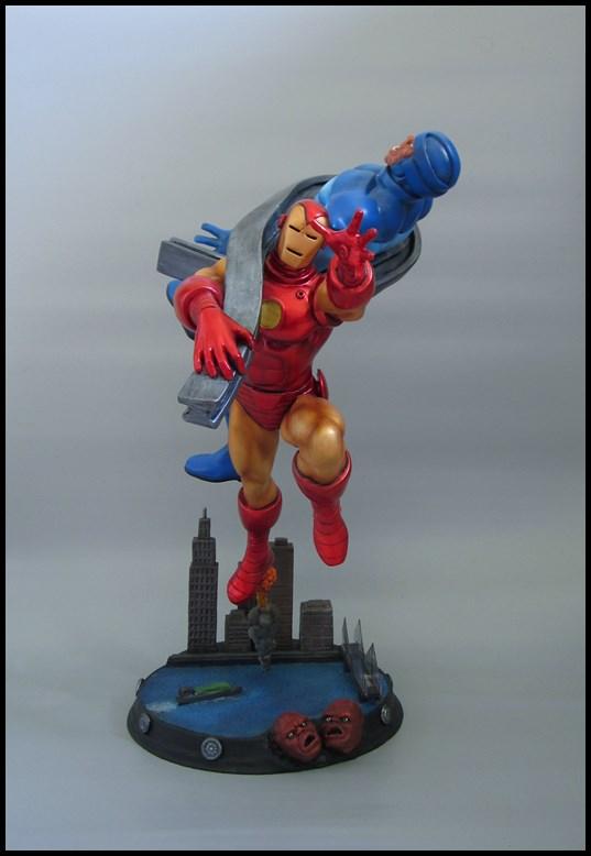 Diorama Iron man vs controleur 15091406093616083613581591