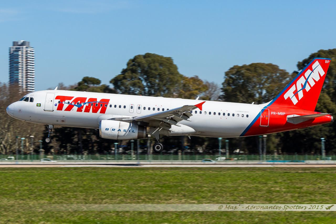 [24/08/2015] Aeropuerto Buenos Aires-Jorge Newbery (AEP/SABE) 15091604315920291013586344