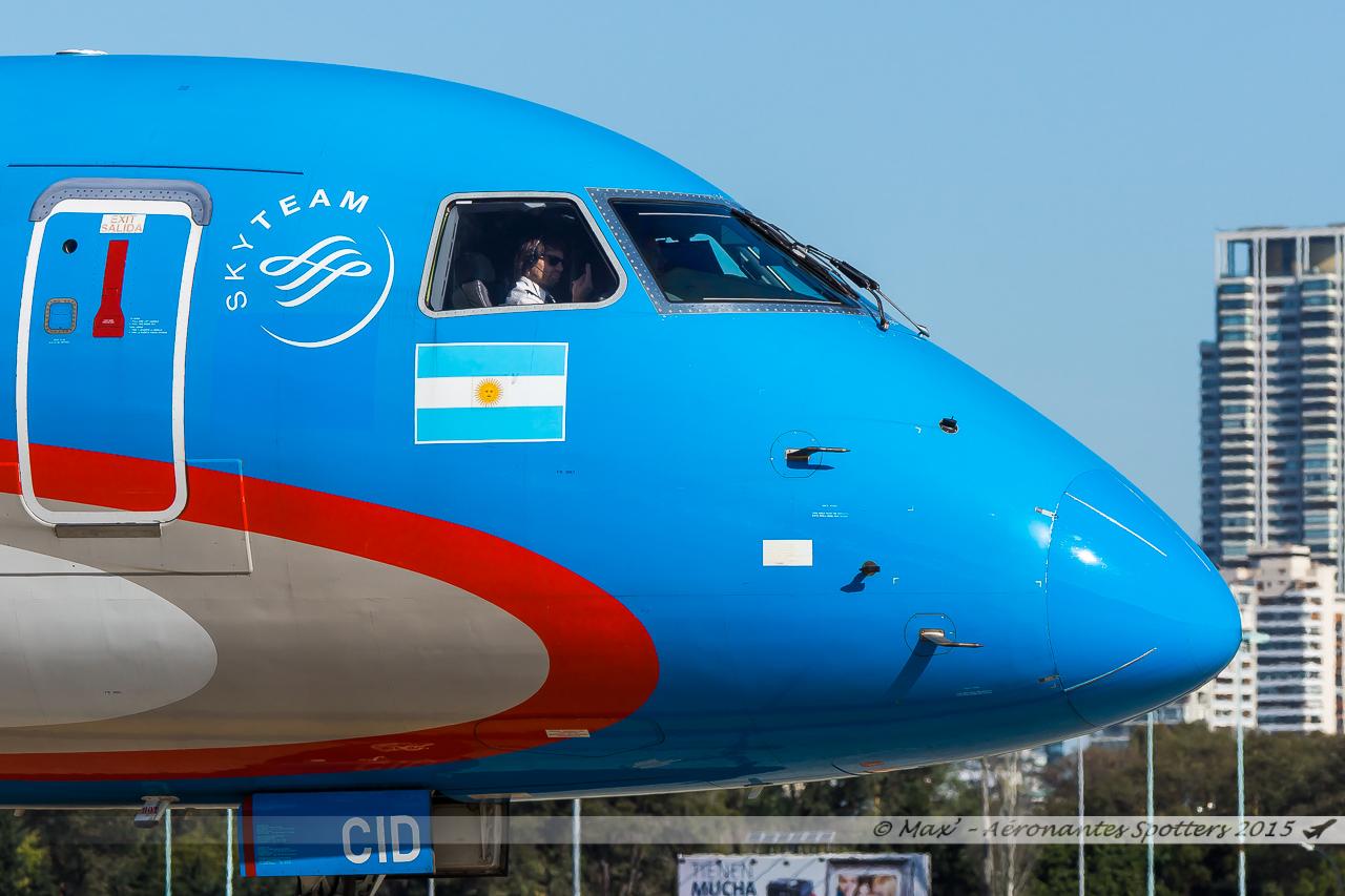 [24/08/2015] Aeropuerto Buenos Aires-Jorge Newbery (AEP/SABE) 15091604400420291013586383