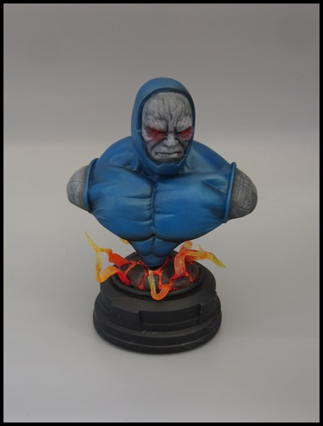 Darkseid buste 15091707102416083613590306
