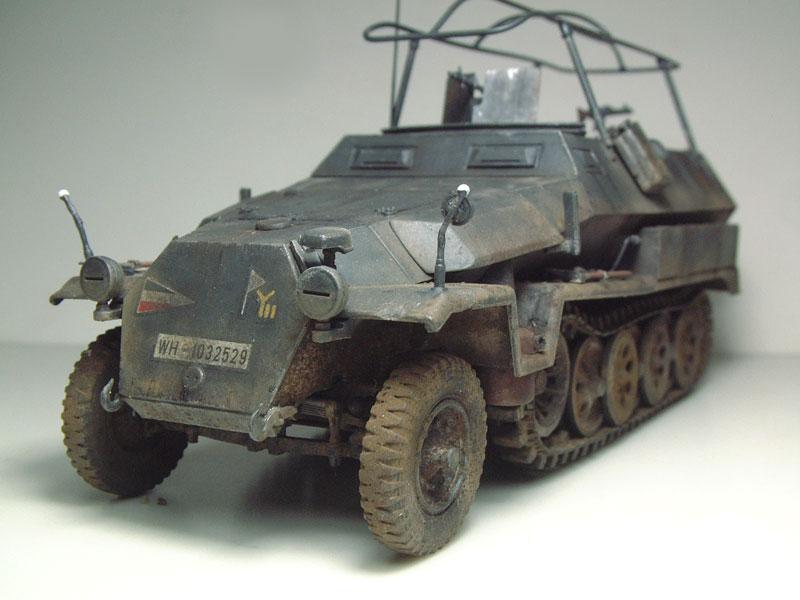 [AFV Club] Sd.Kfz 251/3 Aust.C - 1/35e 1509191112324769013593337