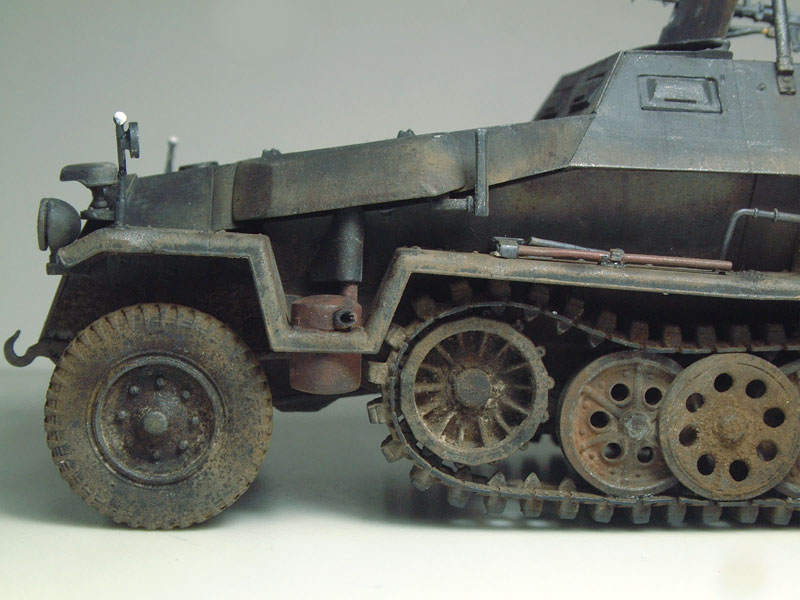 [AFV Club] Sd.Kfz 251/3 Aust.C - 1/35e 1509191112584769013593343