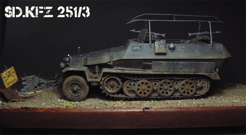 [AFV Club] Sd.Kfz 251/3 Aust.C - 1/35e 1509191113064769013593347