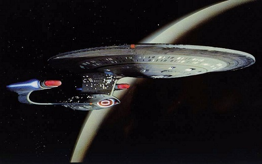 SPLENDIDE VISITE VIRTUELLE DE L'ENTERPRISE-D dans Science-fiction 15092408242715263613605211