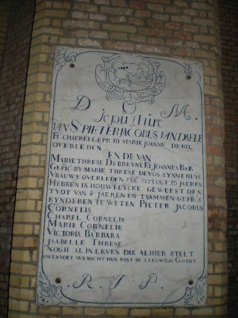 Frans-Vlaamse en oude Standaardnederlandse teksten en inscripties - Pagina 10 15100706191414196113641830