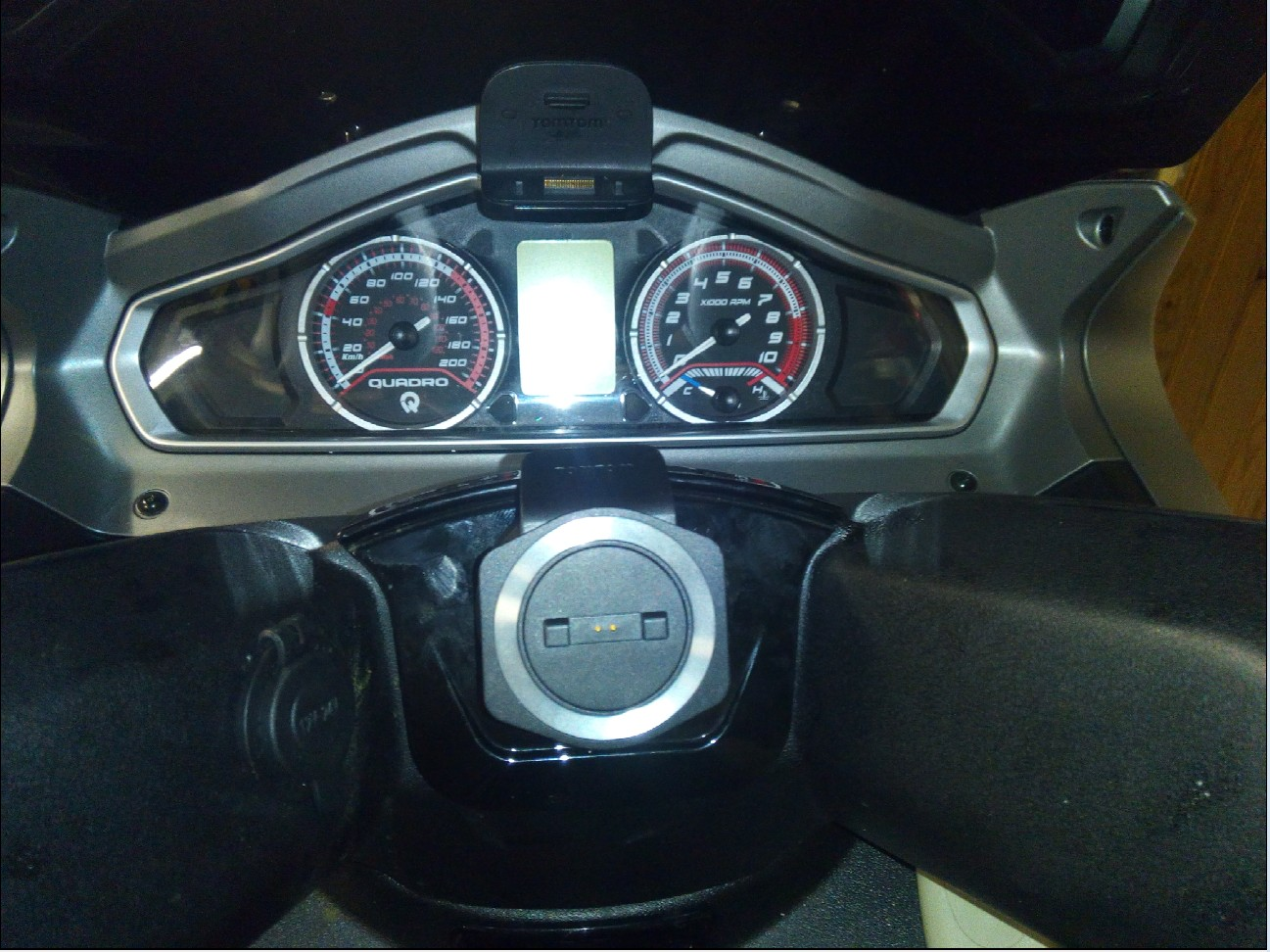 Fixation GPS et branchement pour quadro 1510240822046010313689969