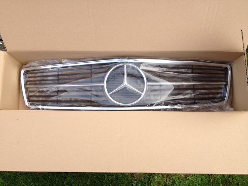 Logos / Badges de calandre pour Mercedes ayant un important kilometrage 15112304144712480113772460