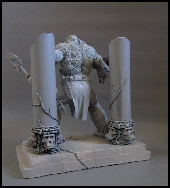 Man-ape statue 15112802064016083613785399