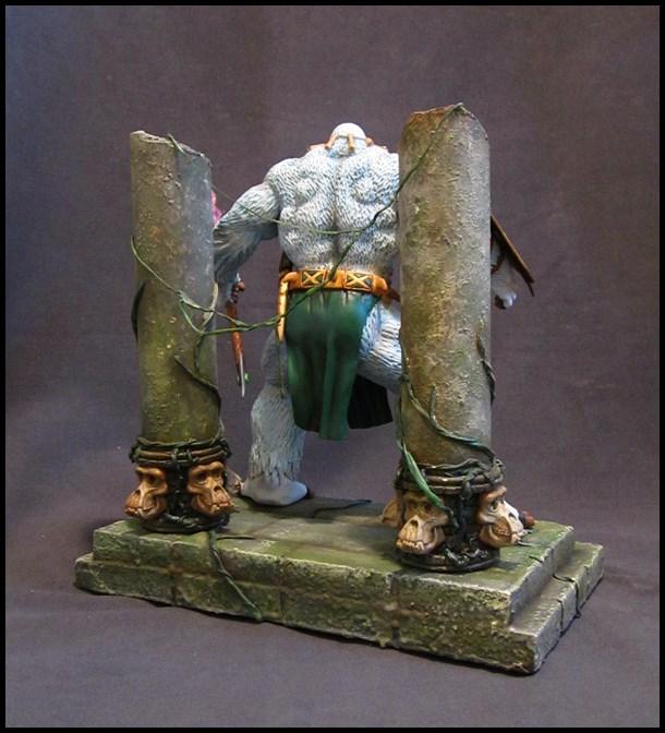 Man-ape statue 15112905140016083613790195