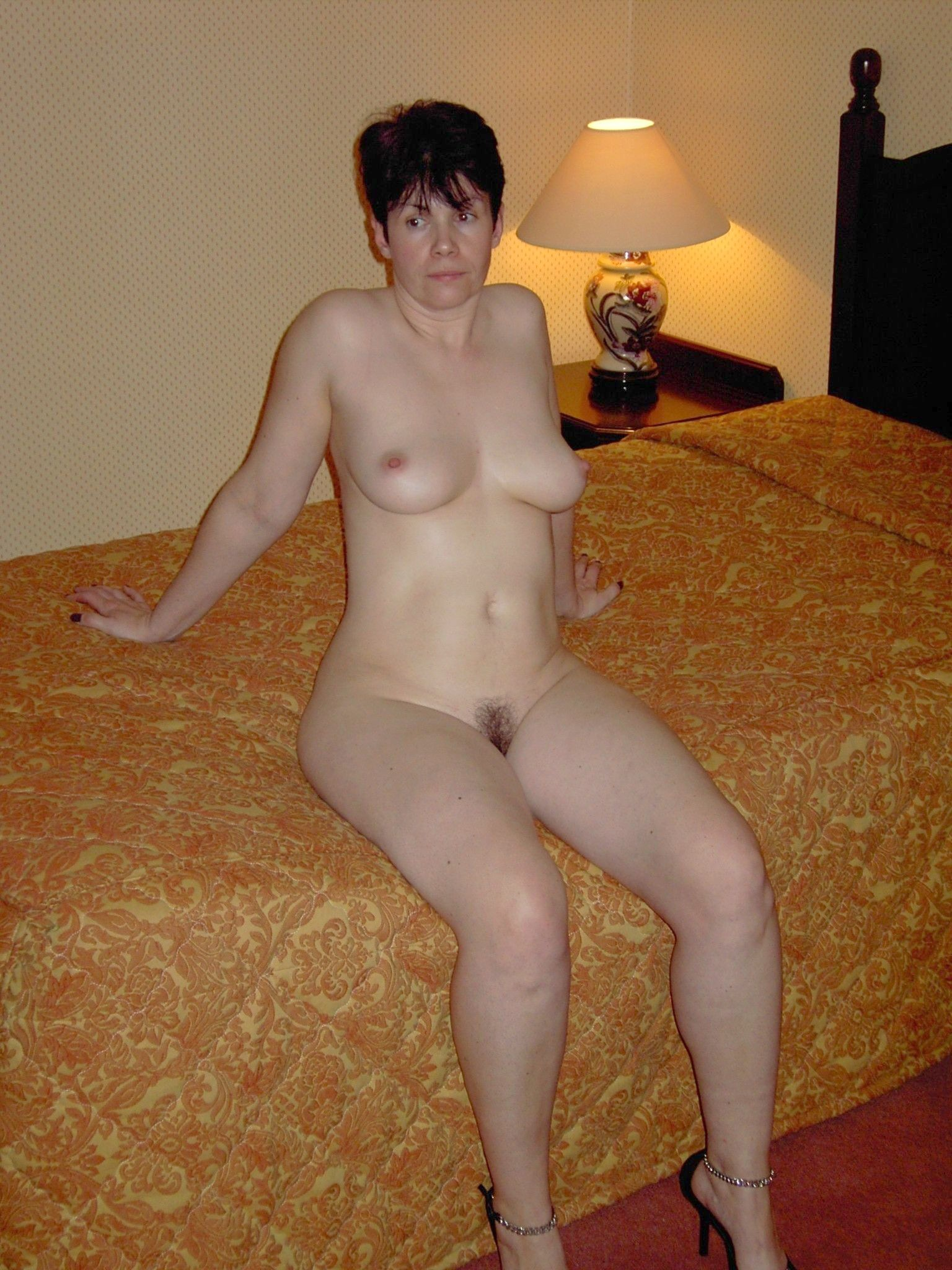 amateur old wife