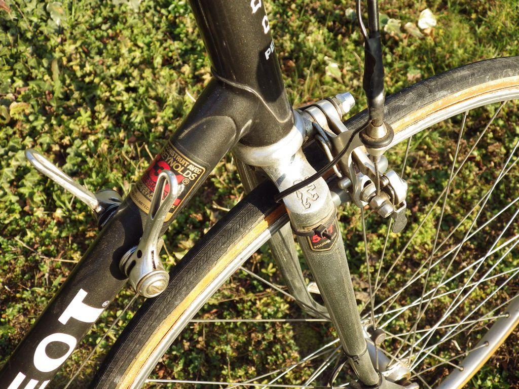 Peugeot PY 10M de 1985 1512210457237104513845323