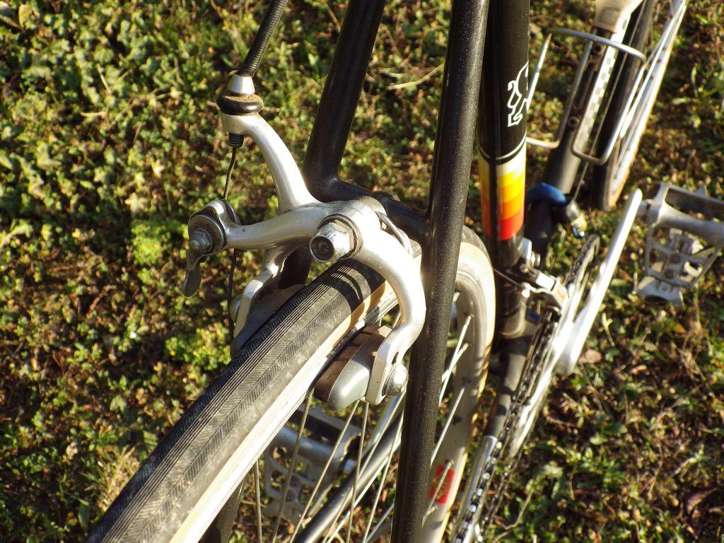 Peugeot PY 10M de 1985 1512210457247104513845326