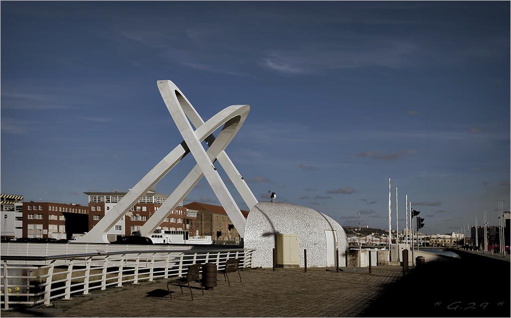 Pont mobile au Havre... 1602021138046131113943182