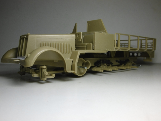 SD.KFZ. 8ton Flak 3.7cm Semi-chenillé 1/35 [ Tamiya ] 16021409262221038613973777