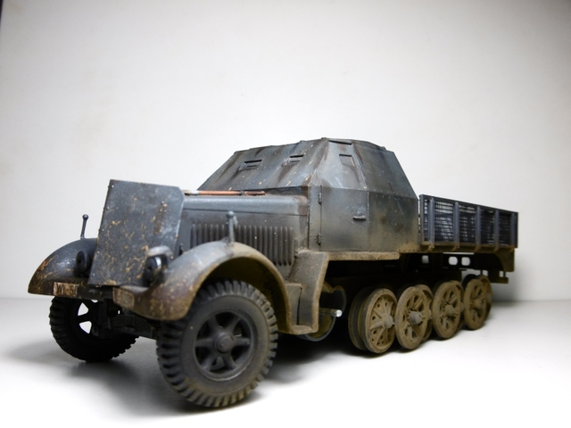 Sd.Kfz. 8 ton Flak 3.7cm [ TAMIYA 1/35° ] (Montage et Peinture en cours] - Page 2 16021901272621038613987270