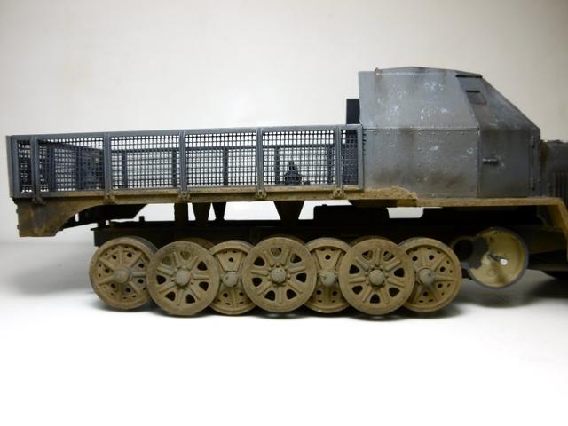 Sd.Kfz. 8 ton Flak 3.7cm [ TAMIYA 1/35° ] (Montage et Peinture en cours] - Page 2 16021901275621038613987274