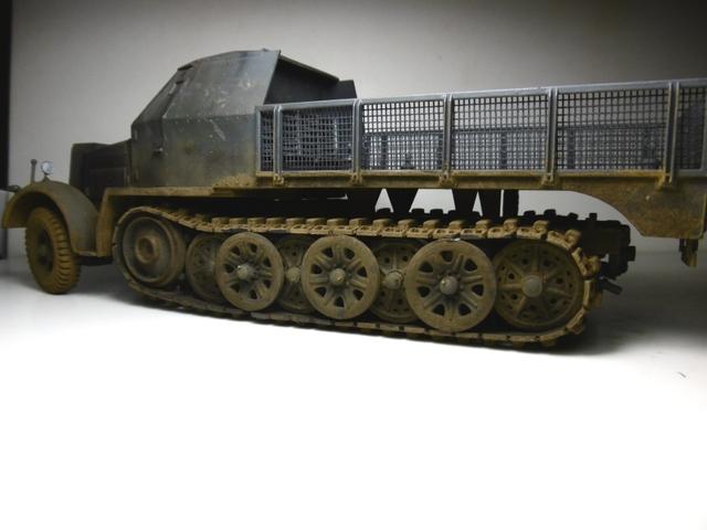 Sd.Kfz. 8 ton Flak 3.7cm [ TAMIYA 1/35° ] (Montage et Peinture en cours] - Page 2 16022009143021038613988941