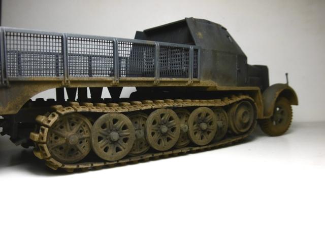 Sd.Kfz. 8 ton Flak 3.7cm [ TAMIYA 1/35° ] (Montage et Peinture en cours] - Page 2 16022009143721038613988942