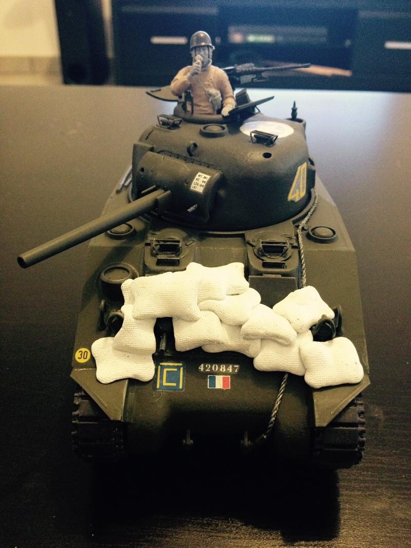 """Sherman """"Brive La Gailarde"""" 12ème RC 3e Scadron (dragon 1/35) 16022410424521232414001077"""