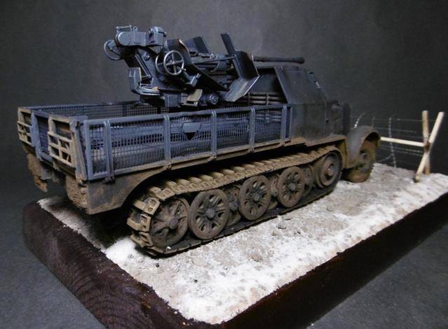 SD.KFZ. 8ton Flak 3.7cm Semi-chenillé 1/35 [ Tamiya ] 16022508500121038614007637