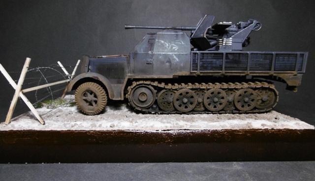 SD.KFZ. 8ton Flak 3.7cm Semi-chenillé 1/35 [ Tamiya ] 16022508500621038614007639