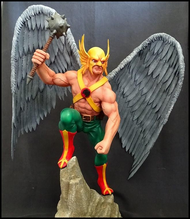 Hawkman statue 1/4 16041307574616083614143439