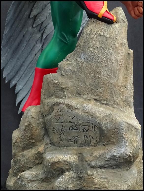 Hawkman statue 1/4 16041307575016083614143441