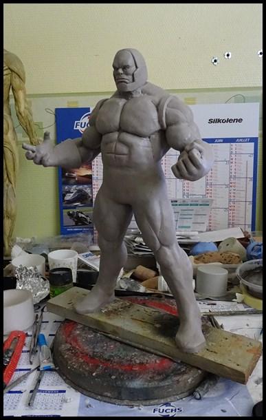 Darkseid statue 16050503214316083614202390