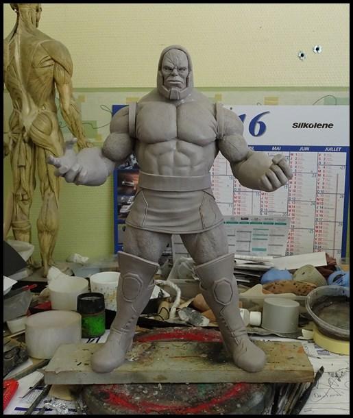 Darkseid statue 16050503214516083614202391