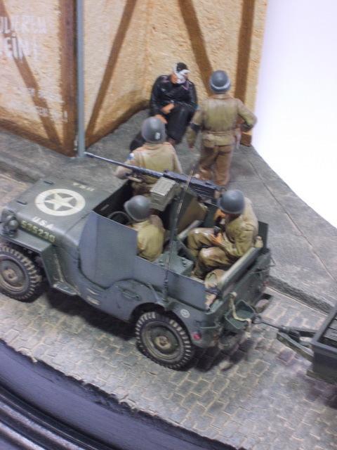 Betty en Germanie... Jeep Willys Blindée + remorque , rue pavée et maison colombage 16050607153510194414205166