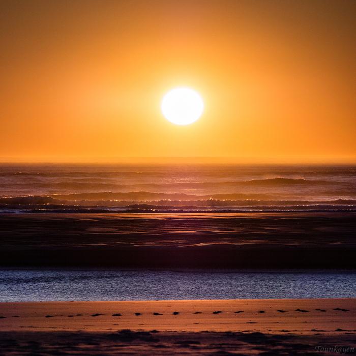 Sunset Beach 1605180831595305714235945