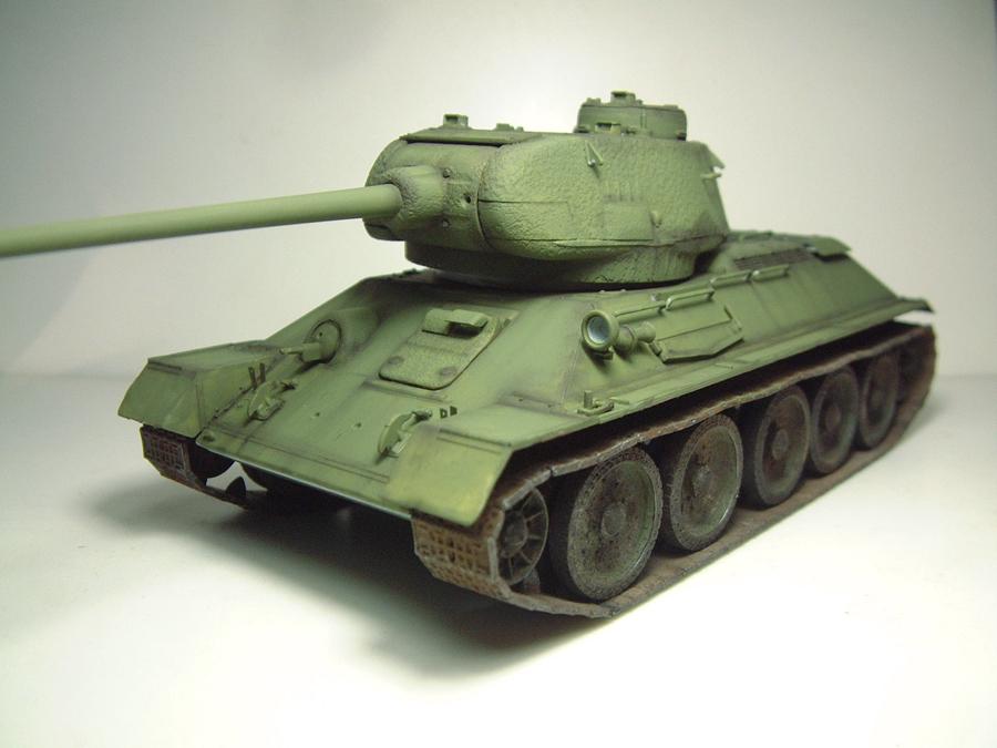 "T-34/85 ""Berlin 1945"" [Academy] 1/35e - Page 2 1605270714294769014262077"