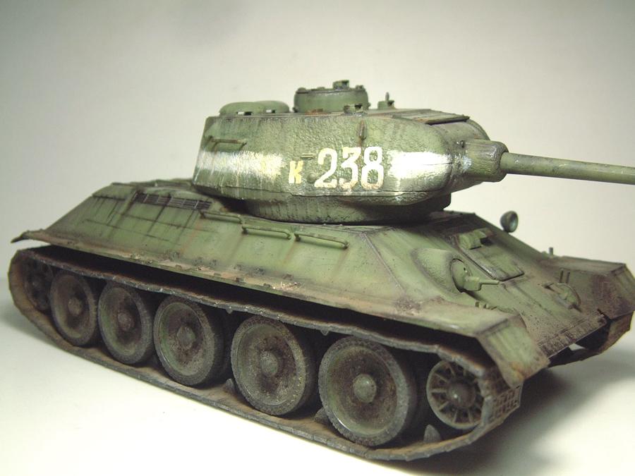 "T-34/85 ""Berlin 1945"" [Academy] 1/35e - Page 2 1605290643374769014267265"