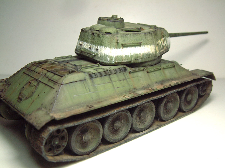 "T-34/85 ""Berlin 1945"" [Academy] 1/35e - Page 2 1605290643494769014267268"