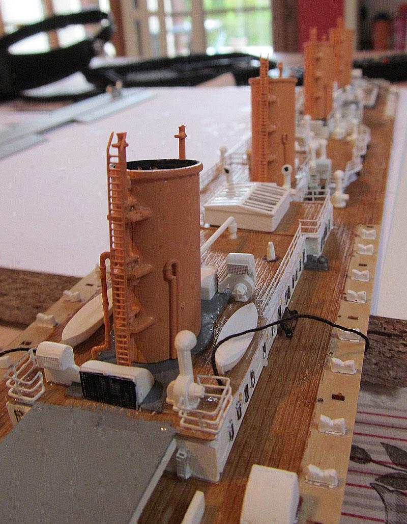 Encore un Titanic en construction 1/400 de chez Academy - Page 2 16060402520818121214281909