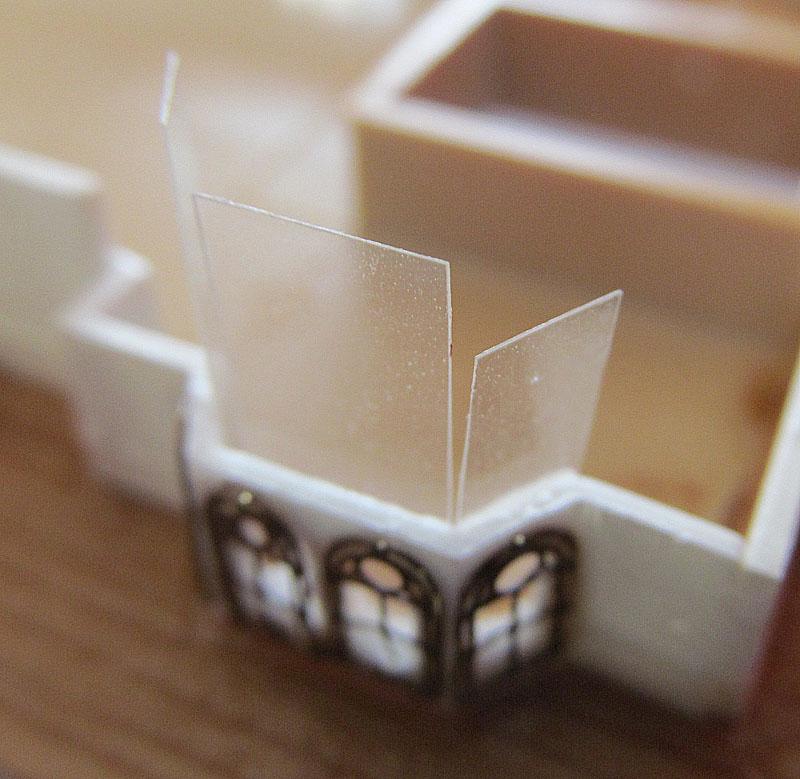 Encore un Titanic en construction 1/400 de chez Academy - Page 2 16060402521918121214281918