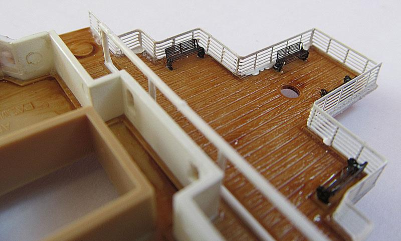 Encore un Titanic en construction 1/400 de chez Academy - Page 2 16060402522118121214281919
