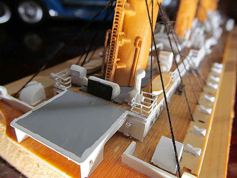 Encore un Titanic en construction 1/400 de chez Academy - Page 2 16060402522718121214281921