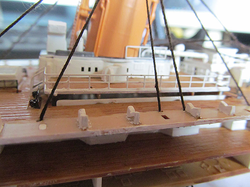 Encore un Titanic en construction 1/400 de chez Academy - Page 2 16060402524518121214281935