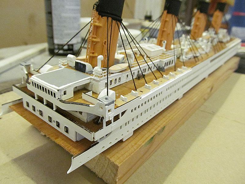 Encore un Titanic en construction 1/400 de chez Academy - Page 2 16060402540018121214281947