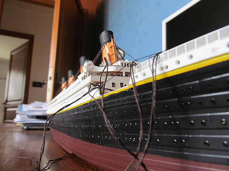 Encore un Titanic en construction 1/400 de chez Academy - Page 2 16060402543818121214281961