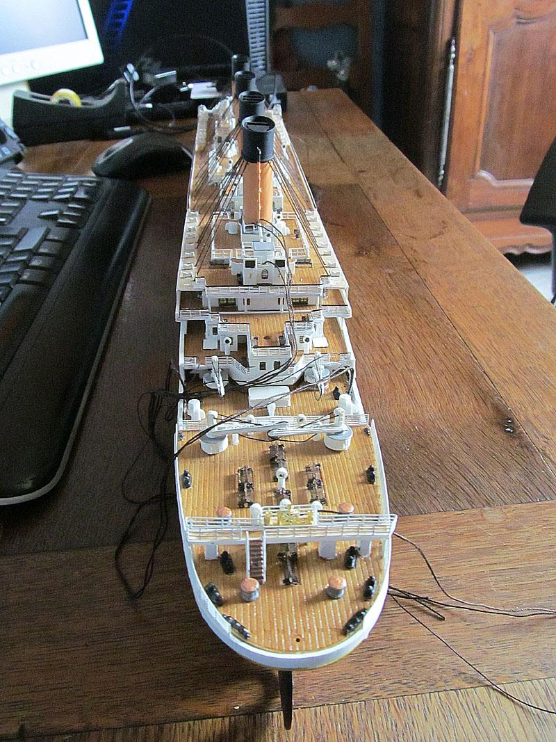 Encore un Titanic en construction 1/400 de chez Academy - Page 2 16060402544218121214281963