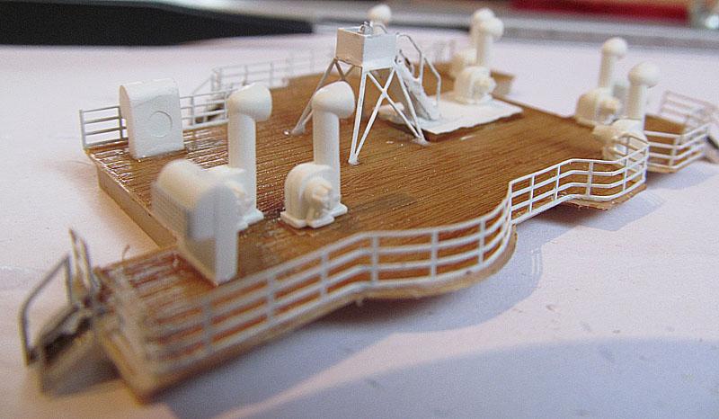 Encore un Titanic en construction 1/400 de chez Academy 16060412181618121214281568