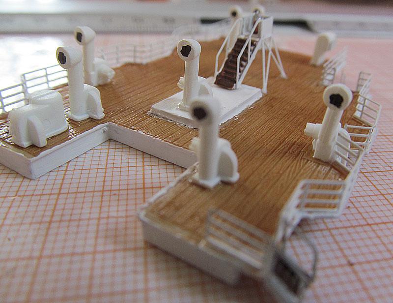 Encore un Titanic en construction 1/400 de chez Academy 16060412182918121214281580
