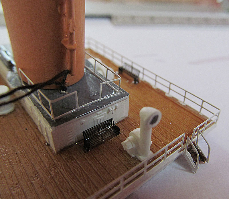 Encore un Titanic en construction 1/400 de chez Academy 16060412183118121214281581