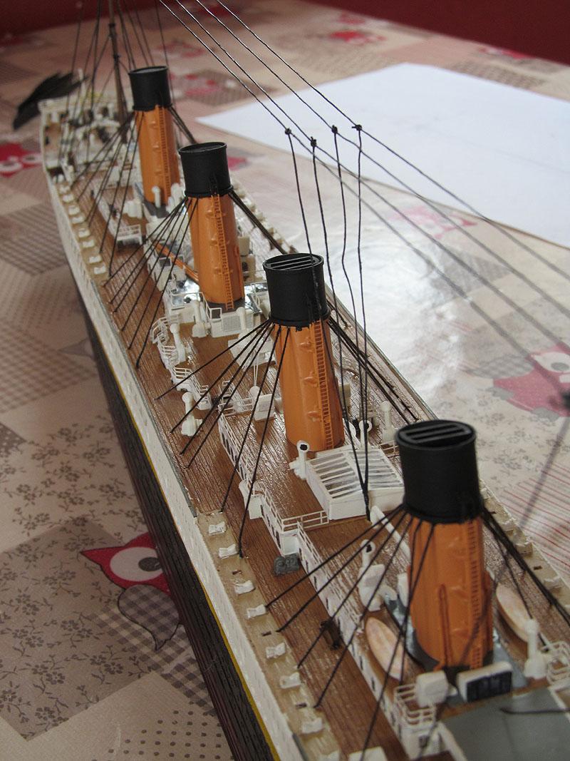 Encore un Titanic en construction 1/400 de chez Academy - Page 2 16060504223718121214284067