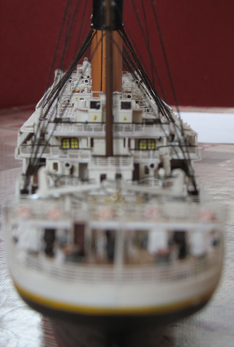 Encore un Titanic en construction 1/400 de chez Academy - Page 2 16060504224218121214284069