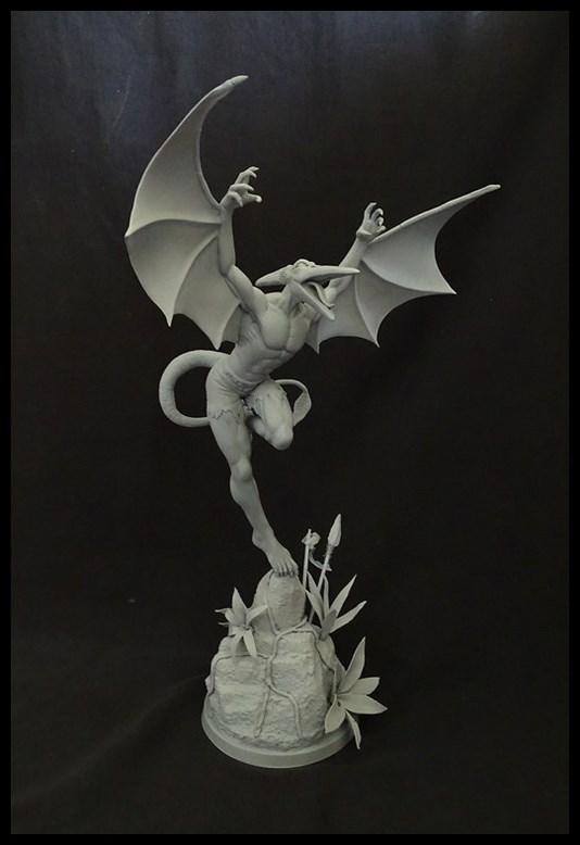 Sauron statue 16061206401116083614305068