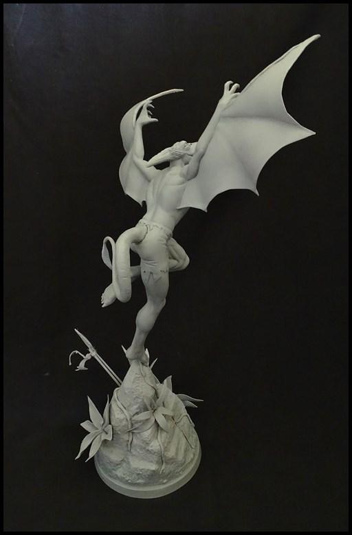 Sauron statue 16061206401416083614305070